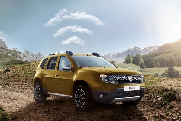 dacia-duster-connected-orange